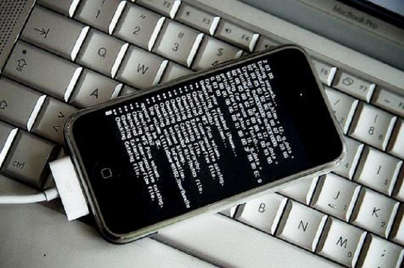 هک موبایل چگونه رخ میدهد؟ معرفی روش های جلوگیری از هک شدن موبایل